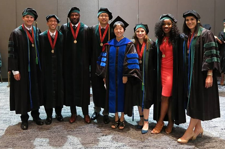 2016 UTMB SOM Commencement (NIAID 2013 Trainees)